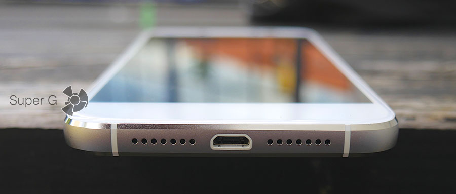 Разъем Micro USB и динамик Alcatel Shine Lite