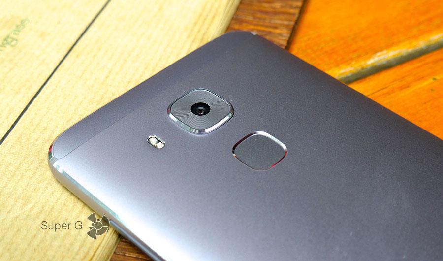 Сканер отпечатков пальцев Huawei Nova Plus