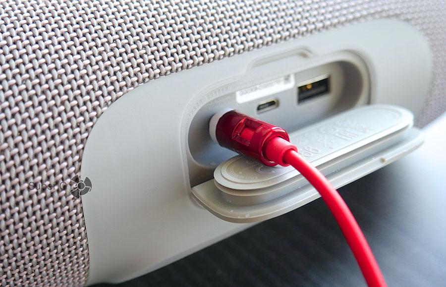 Можно ли подключать JBL Charge 3 по кабель 3,5 мм
