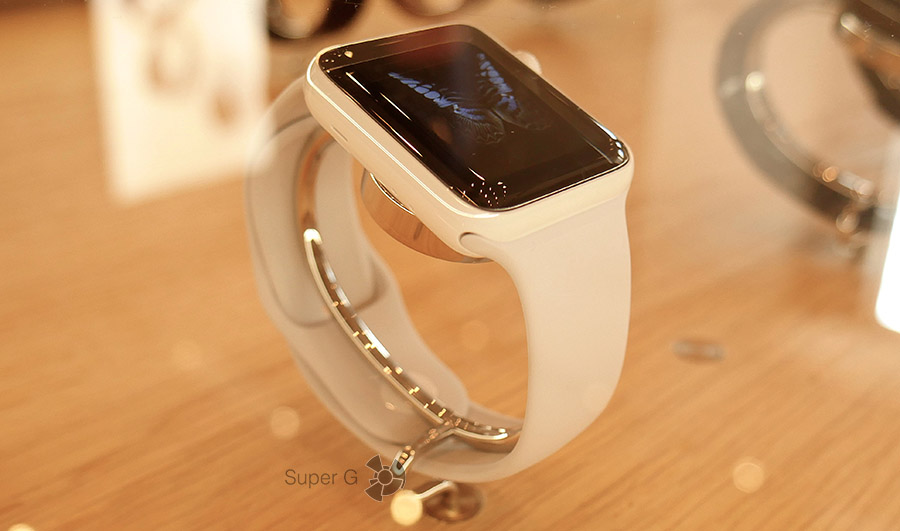 Apple Watch Series 2 в керамическом корпусе