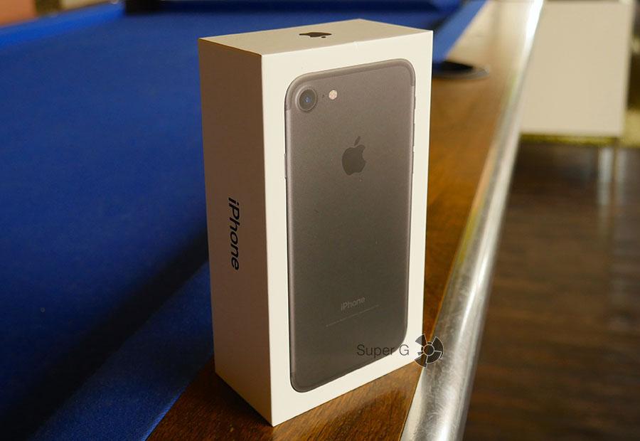 Распаковка и комплектация iPhone 7