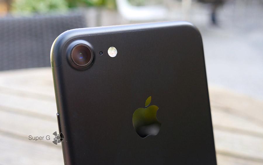 Камера черного iPhone 7