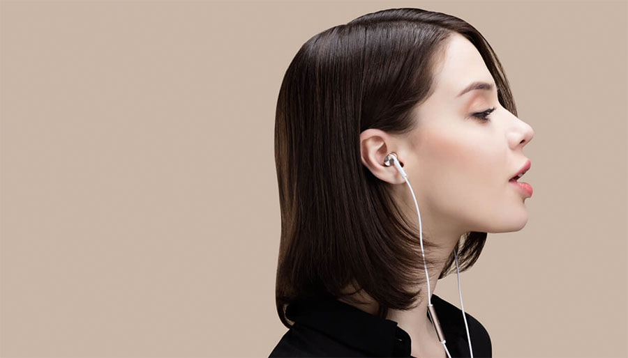 Бело-розовые Xiaomi In-Ear Headphones Pro