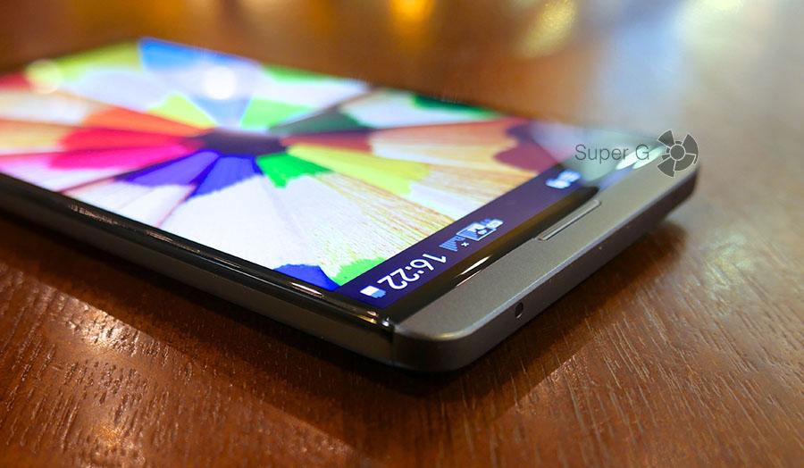 LG V20 - смартфон с двумя экранами на фронтальной стороне