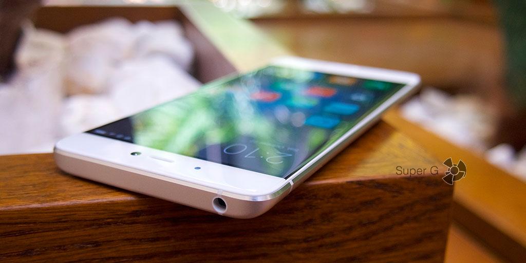 Закругленное стекло фронтальной панели Xiaomi Mi5S