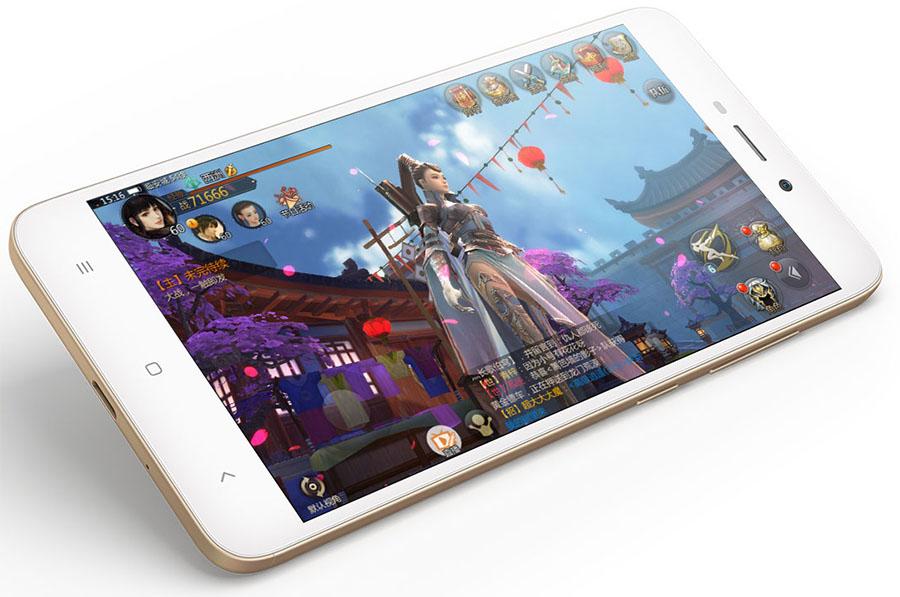 Защитное стекло экрана в Xiaomi Redmi 4A не скругленное по краям