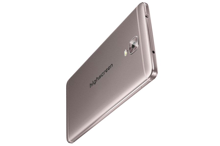 Highscreen Power Five Max оснащен ИК-портом для управления бытовой техникой