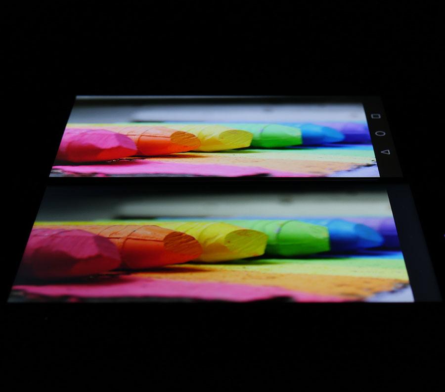 Фото экранов (Huawei Nove Plus сверху, UMi Max снизу)