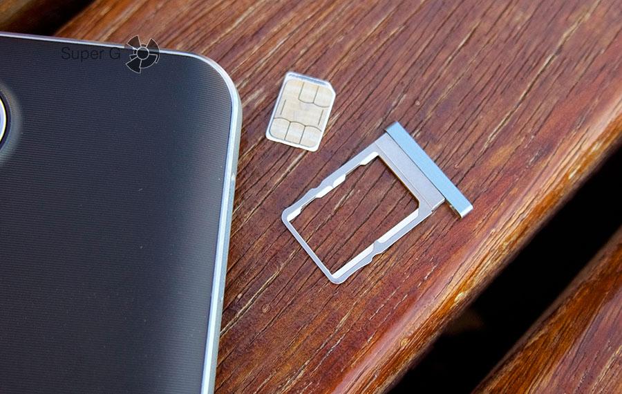 Doogee F7 Pro поддерживает одновременную работы двух Nano SIM-карт