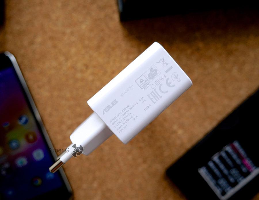 Зарядка (блок питания) для Asus Zenfone 3 из комплекта