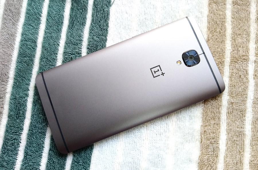 На фото OnePlus 3