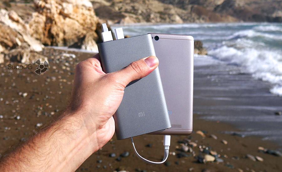 Xiaomi Mi Power Bank Pro заряжает Xiaomi Redmi 4A