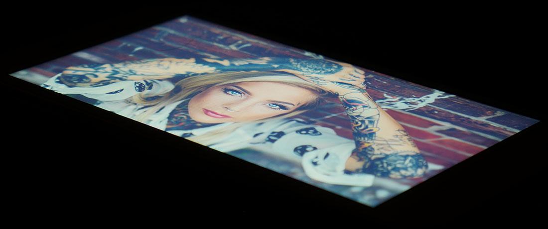 Тест дисплея Xiaomi Redmi 4A - под экстремальным углом