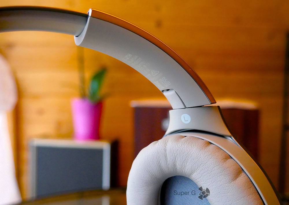 Поворотные механизмы Sony MDR-1000X