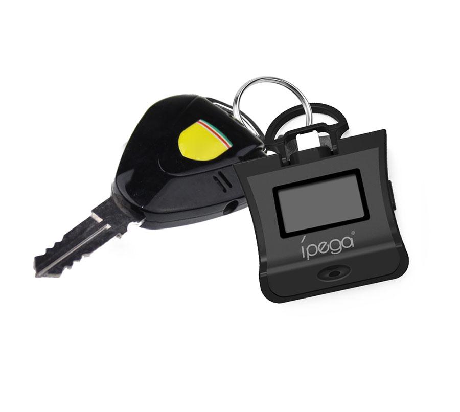 алкотестер iPega PG-9070 крепится на ключах зажигания