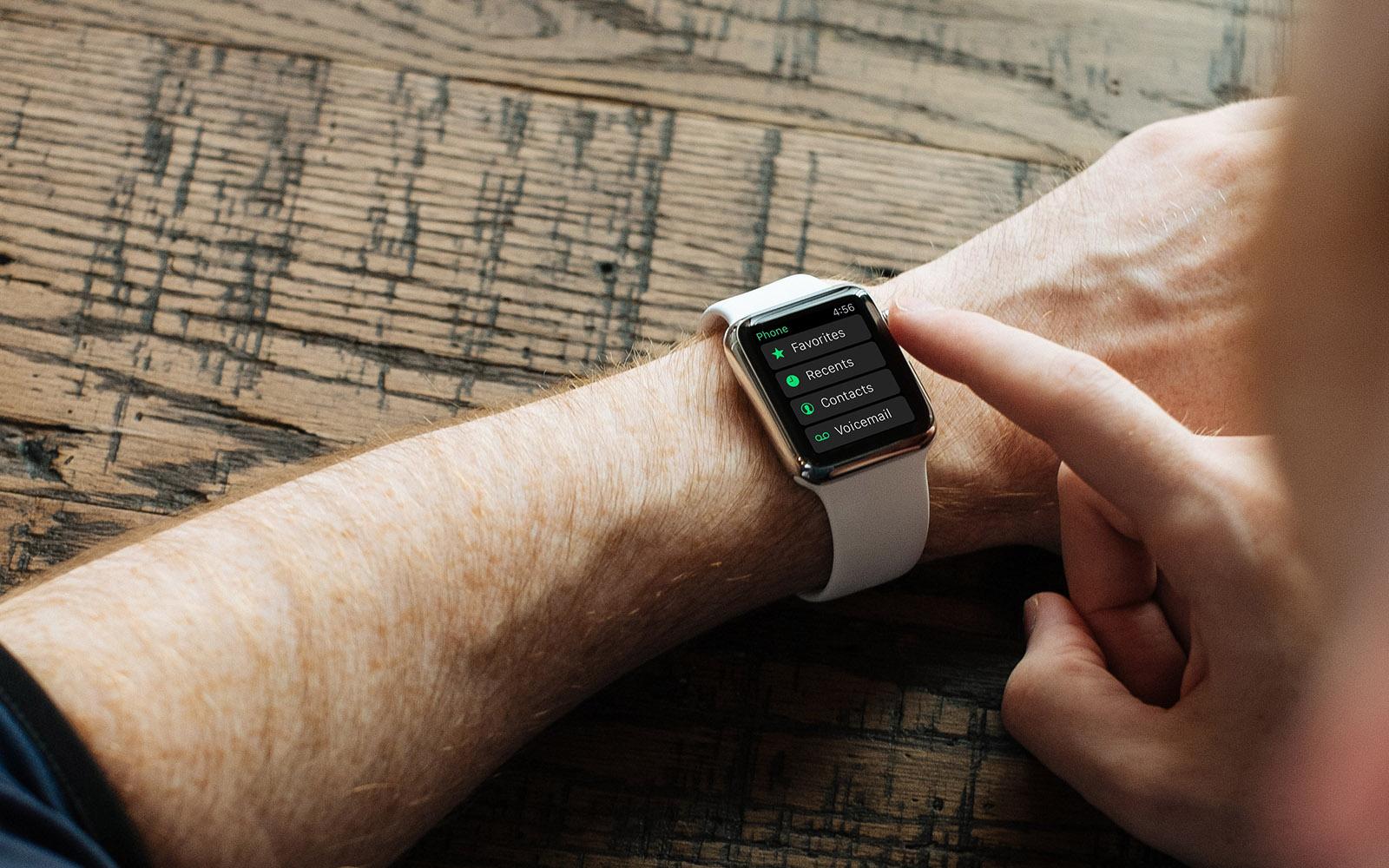 Apple Watch - лучшие умные часы