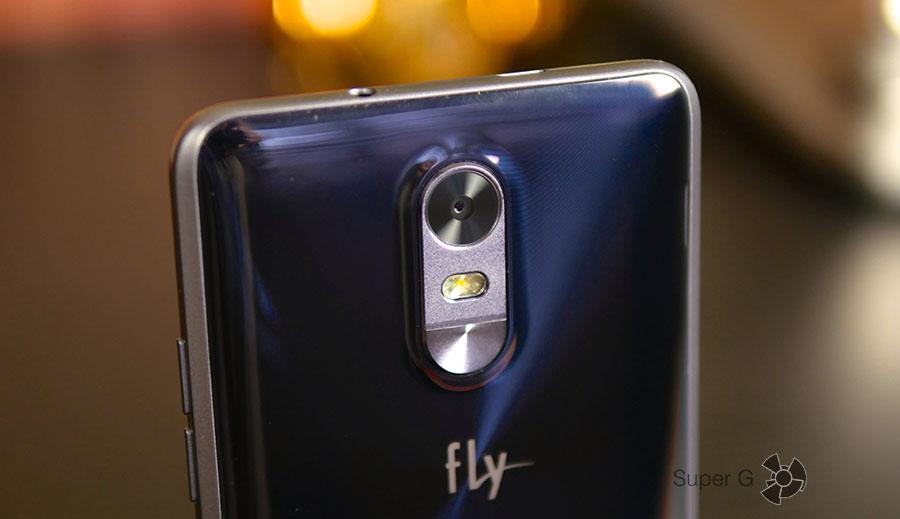 Камера Fly Cirrus 9 FS553