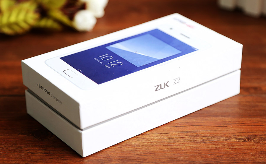 ZUK Z2 распаковка и обзор