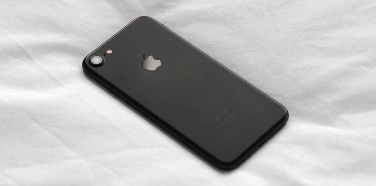 iPhone 7 Black обои