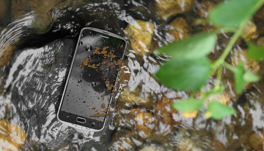 Не спешите хотеть Nokia 6! Есть альтернатива получше – AGM X1
