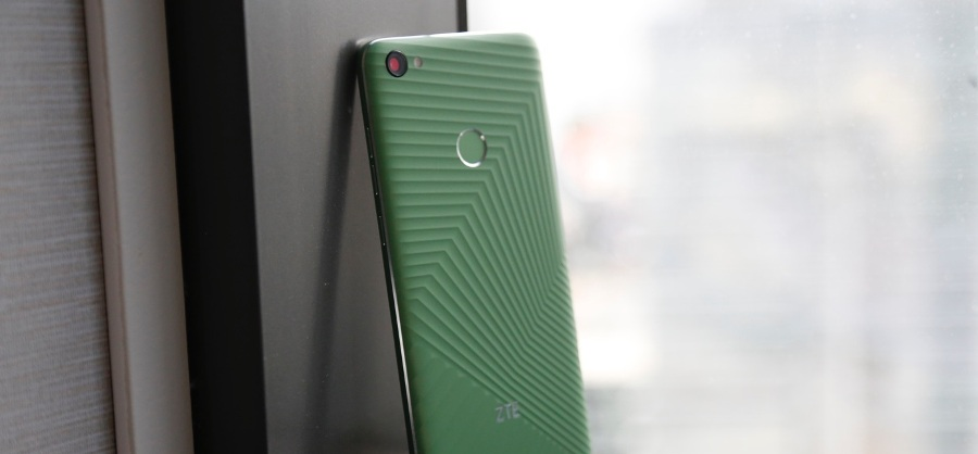 Смартфон ZTE Hawkeye воплощает идеи от пользователей