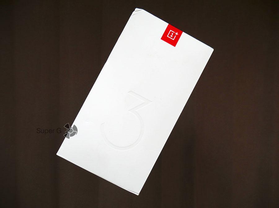 Коробка из-под OnePlus 3T