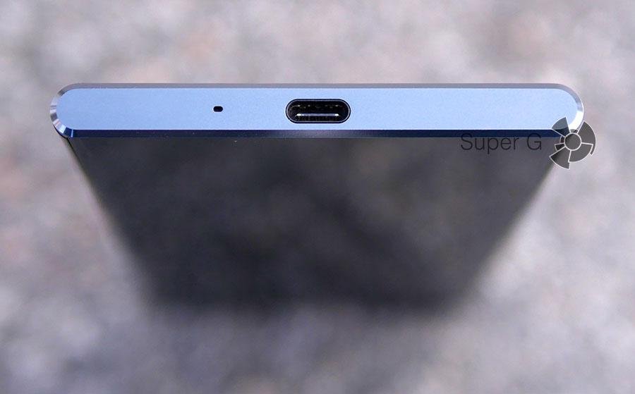 Sony XZ Premium оснащен USB Type-C 3.1
