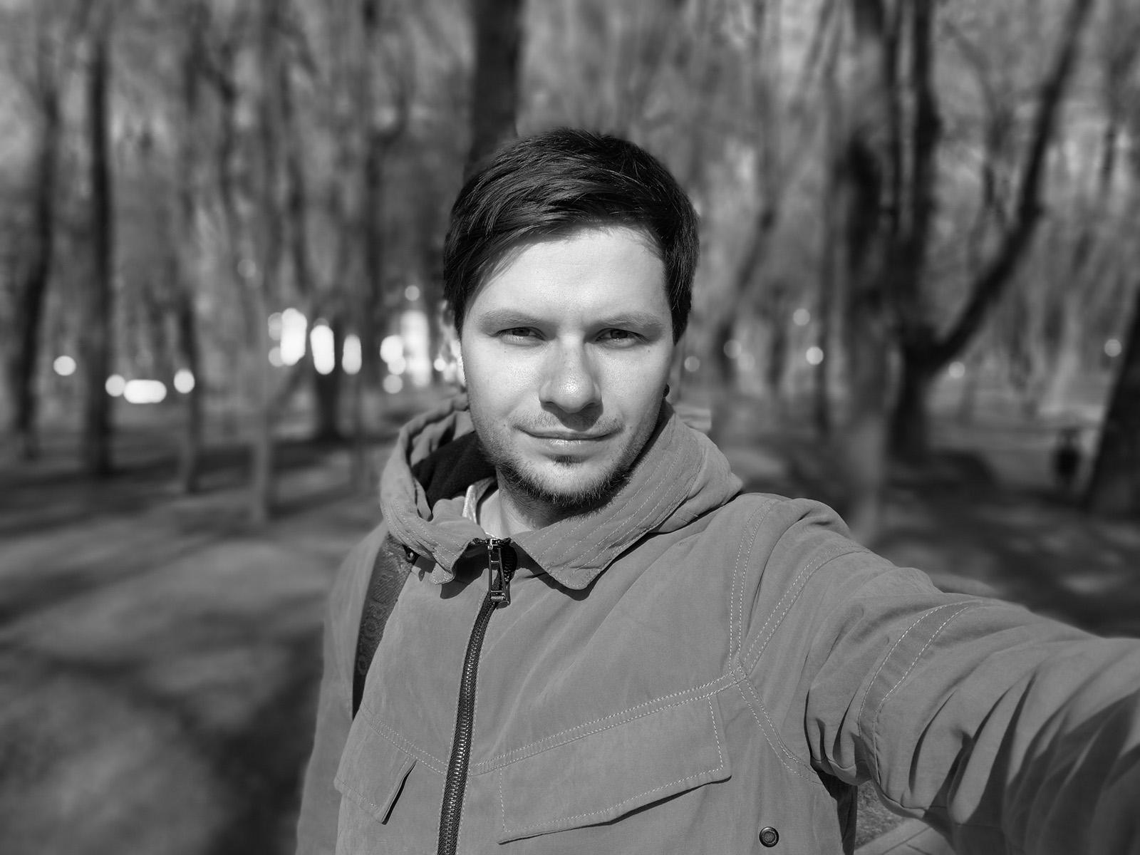 Пример черно-белого портрета с камеры Huawei P10