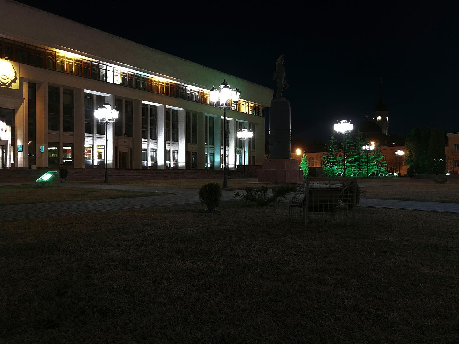 Съёмка на камеру Huawei P10 ночью (2)