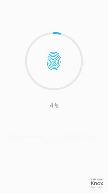 Работа сканера отпечатков пальцев в Samsung Galaxy A7 (2017)