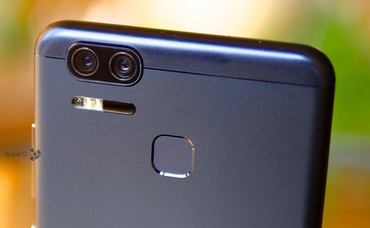 Две задние камеры в Asus ZenFone 3 Zoom