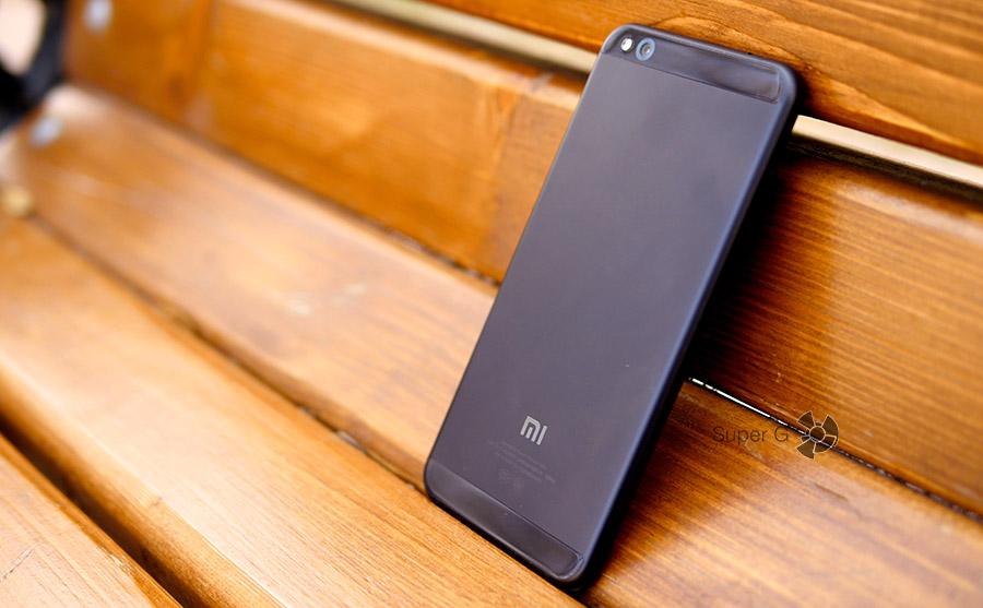 Чёрный Xiaomi Mi 5C