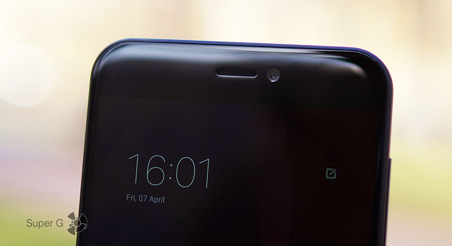 2.5D-стекло в Xiaomi Mi 5C