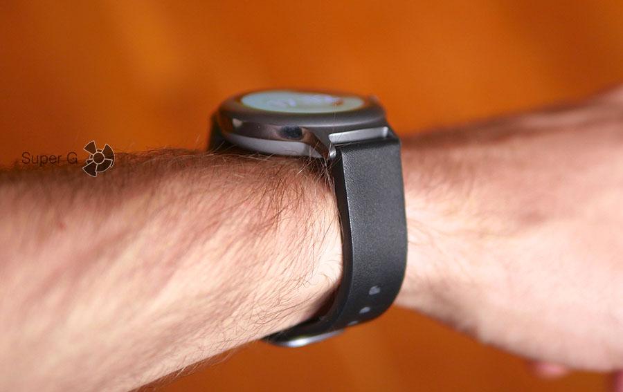LG Watch Style на руке - засчет тонкого корпуса их удобно носить