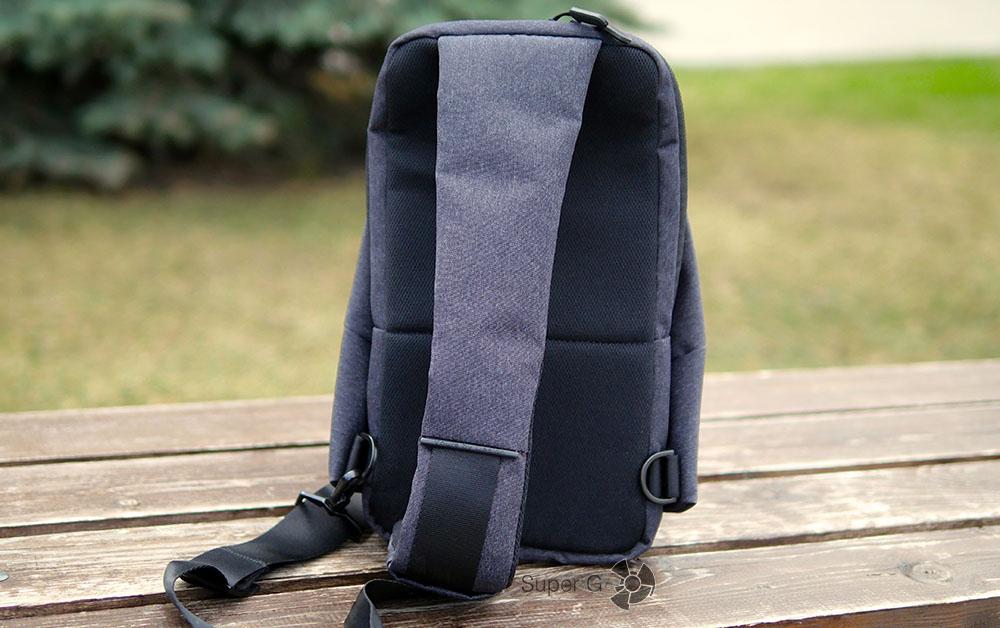 Xiaomi Sling bag (вид сзади)