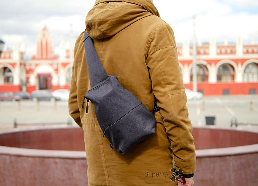 Как оно в жизни - Xiaomi Sling bag (вид сзади)