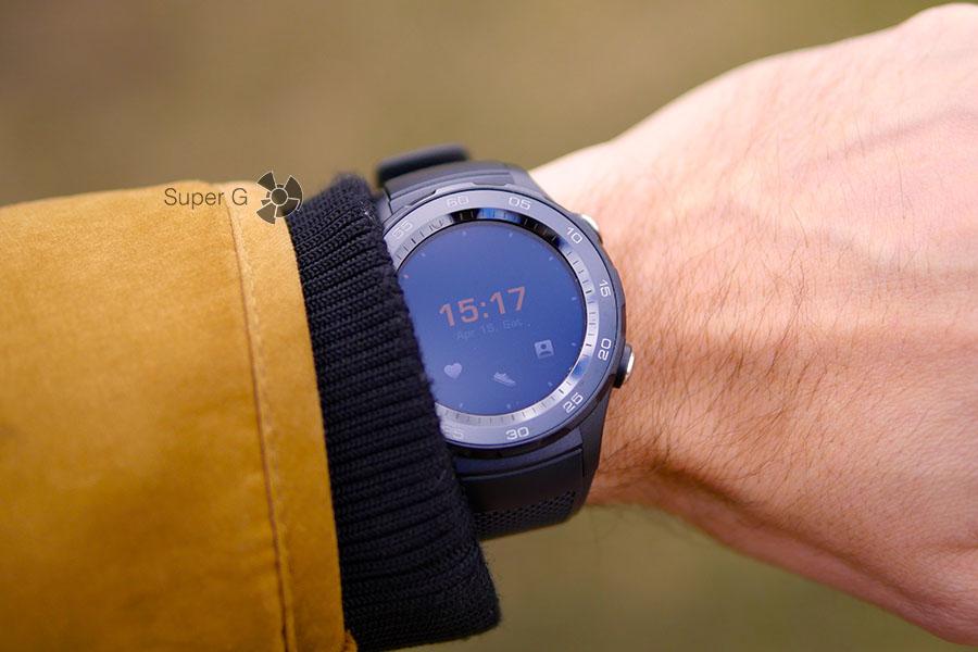 Huawei Watch 2 и манжета куртки - не удобно