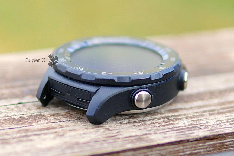 Заглушка для Nano SIM-карты в Huawei Watch 2