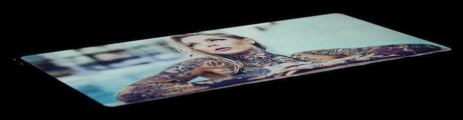 Дисплей LG G6 под экстремальным углом (2)