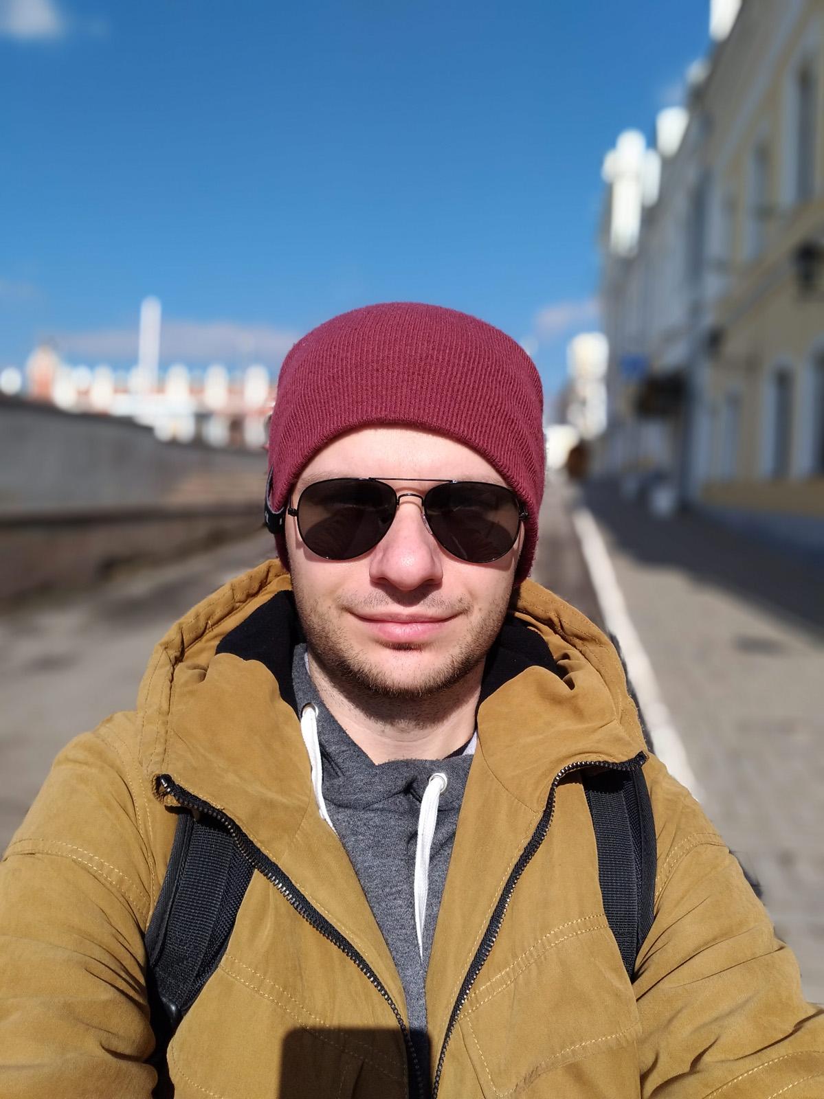Удачный кадр с замыливанием фона - режим глубина резкости Asus ZenFone 3 Zoom
