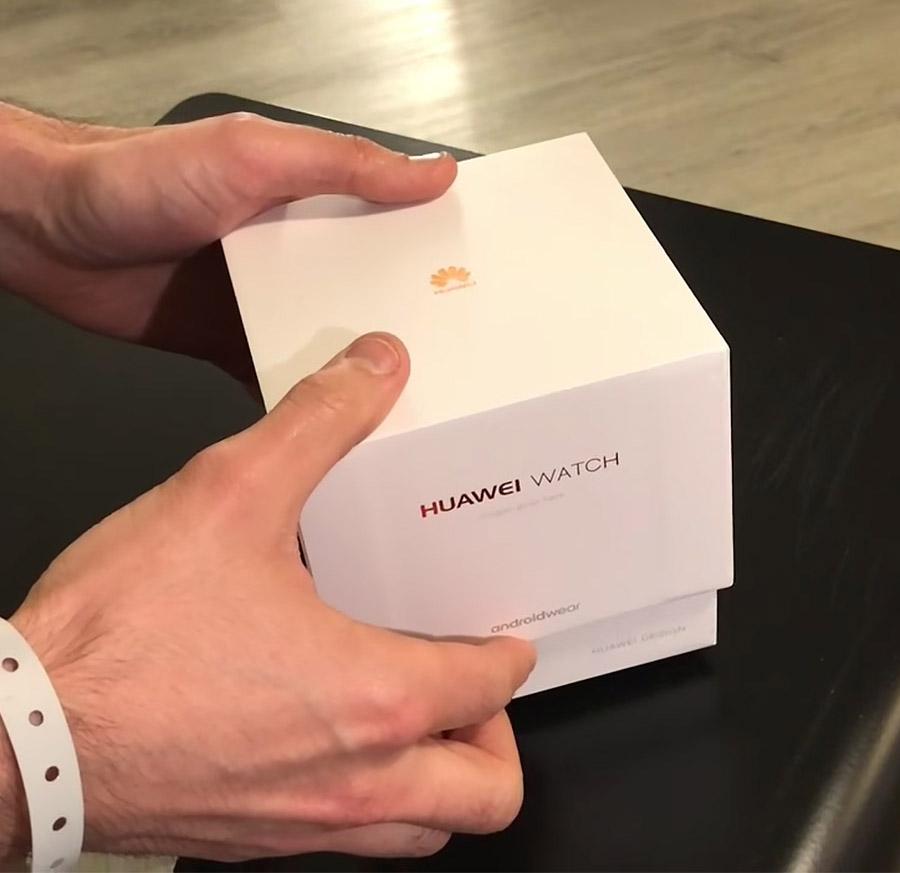 Коробка из-под Huawei Watch 2