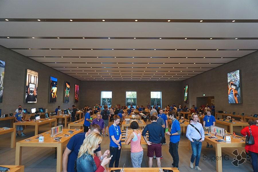 Apple Store Берлин изнутри