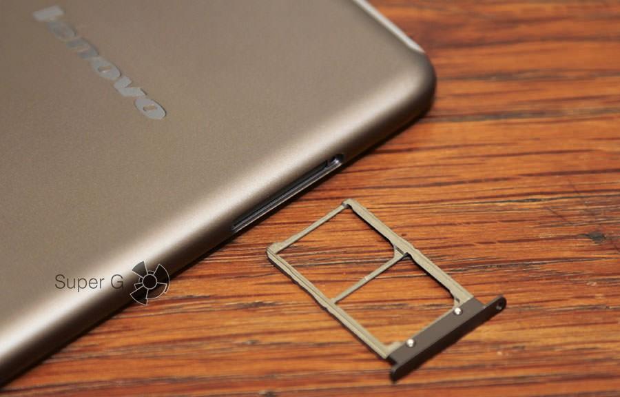 Слот под SIM-карты