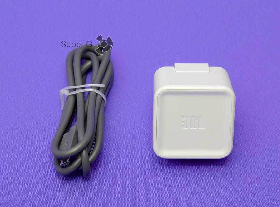Комплект JBL Charge 2